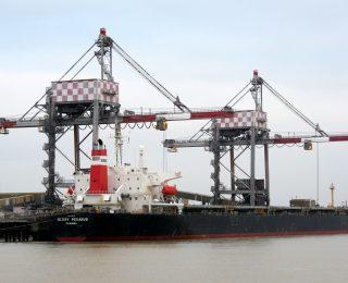 Une nouvelle stratégie pour le port de Nantes -Saint-Nazaire